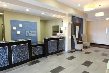 Hotel Interior | Holiday Inn Express Hotel & Suites Albert Lea - I-35