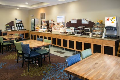 Restaurant | Holiday Inn Express Hotel & Suites Albert Lea - I-35