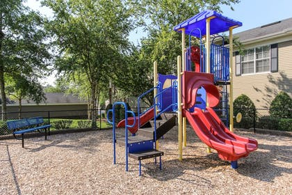Childrens Play Area - Outdoor | Oakwood Raleigh Brier Creek