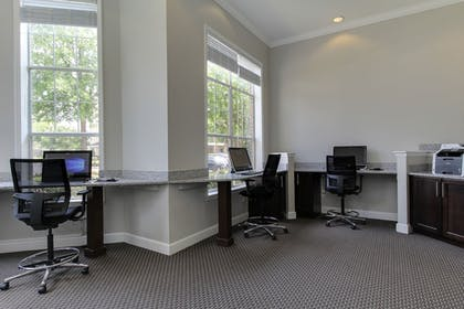 Business Center | Oakwood Raleigh Brier Creek