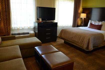 Guestroom | Staybridge Suites Longview