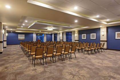 Meeting Facility | Holiday Inn Express Hotel & Suites Tacoma Downtown