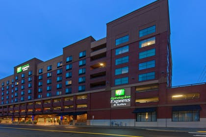 Featured Image | Holiday Inn Express Hotel & Suites Tacoma Downtown