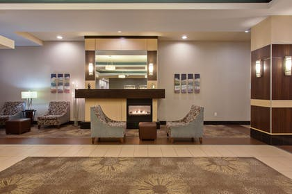 Lobby | Holiday Inn Express Hotel & Suites Tacoma Downtown