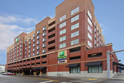 Exterior | Holiday Inn Express Hotel & Suites Tacoma Downtown