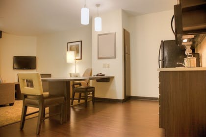 In-Room Dining | Candlewood Suites Alexandria