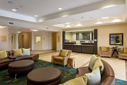 Lobby | Candlewood Suites San Marcos