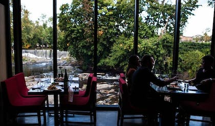 Dining   The Roundhouse