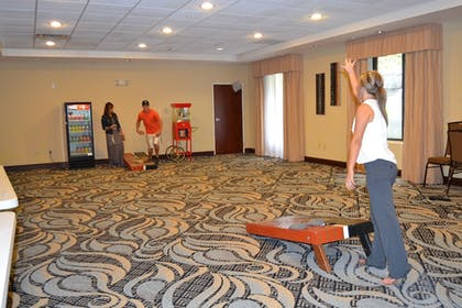 Game Room | Holiday Inn Express Hotel & Suites Cross Lanes