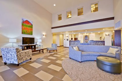 Lobby | Best Western Plus Green Mill Village Hotel & Suites