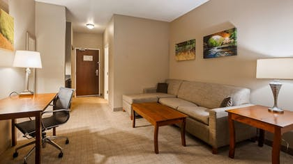 Room | Best Western Plus Green Mill Village Hotel & Suites