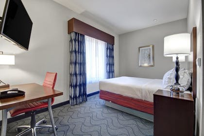Guestroom | Holiday Inn Express & Suites Oklahoma City North