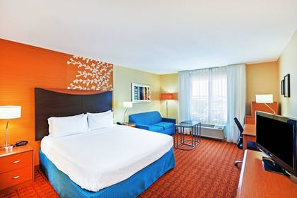 Guestroom | Fairfield Inn & Suites Tulsa Downtown