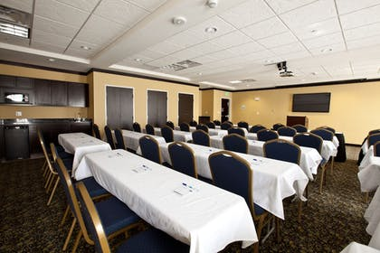 Meeting Facility | Holiday Inn Express & Suites Detroit North - Troy