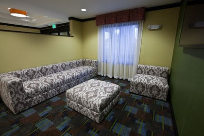 Hotel Interior | Holiday Inn Express & Suites Detroit North - Troy