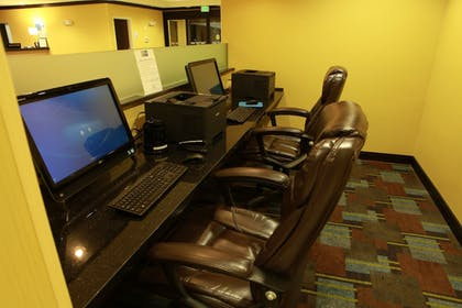 Miscellaneous | Holiday Inn Express & Suites Detroit North - Troy