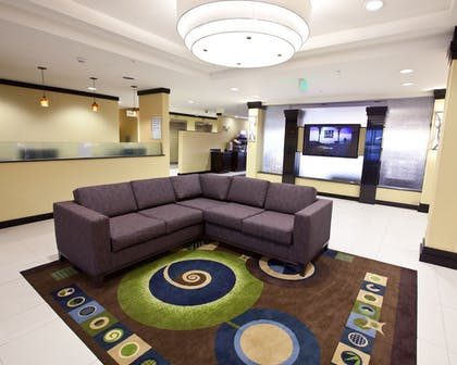 Lobby | Holiday Inn Express & Suites Detroit North - Troy