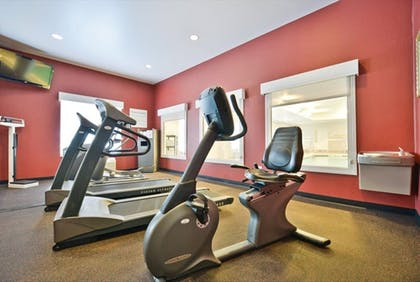 Fitness Facility | Holiday Inn Express & Suites Utica