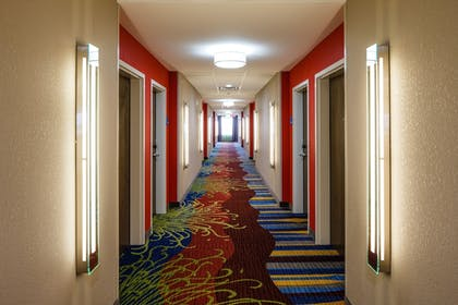Hotel Interior | Holiday Inn Express Hotel & Suites El Reno