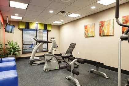 Fitness Facility | Holiday Inn Express Hotel & Suites El Reno