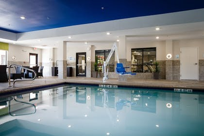 Pool | Holiday Inn Express Hotel & Suites El Reno