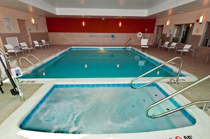 Indoor Spa Tub | Holiday Inn Express & Suites Columbus - Easton Area
