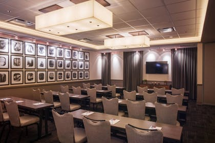 Meeting Facility | Fairfield Inn & Suites Chicago Downtown/River North