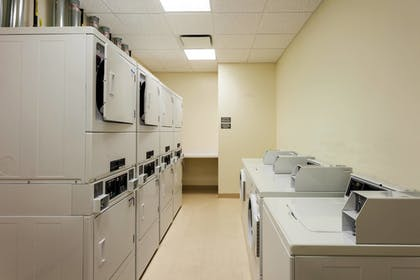 Laundry Room   Fairfield Inn & Suites Chicago Downtown/River North