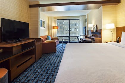 Featured Image | Fairfield Inn & Suites Chicago Downtown/River North