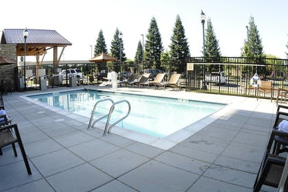 Sports Facility | TownePlace Suites Redding