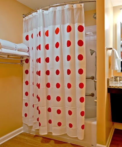 Bathroom Shower | Towneplace Suites Chattanooga Near Hamilton Place