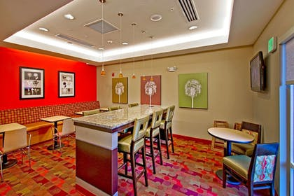 Restaurant | Towneplace Suites Chattanooga Near Hamilton Place
