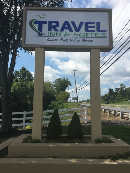 Property Grounds | Travel Inn & Suites