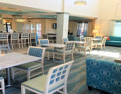 Restaurant | Holiday Inn Express Hotel & Suites Brookhaven