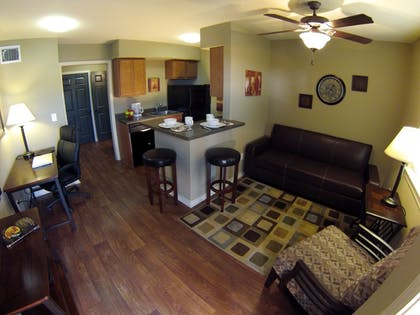 Hotel Interior | Eagle's Den Suites at Carrizo Springs