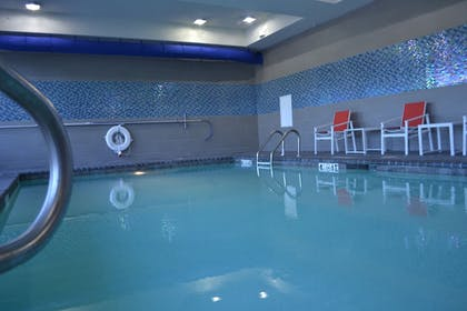 Pool | Holiday Inn Express Hotel & Suites Knoxville West -Papermill