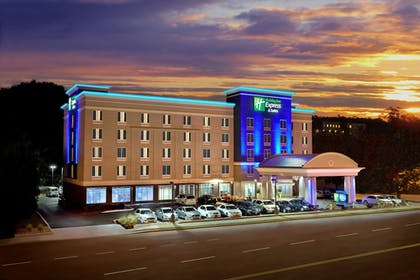 Featured Image | Holiday Inn Express Hotel & Suites Knoxville West -Papermill