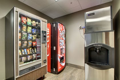 Vending Machine | Holiday Inn Express Hotel & Suites Natchez South