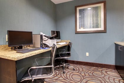 Business Center | Holiday Inn Express Hotel & Suites Natchez South