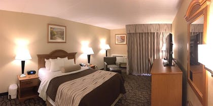 Indoor Spa Tub | Best Western Clifton Park