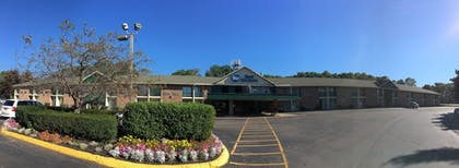 Hotel Front | Best Western Clifton Park