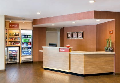 Reception | TownePlace Suites by Marriott Aberdeen