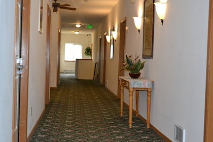 Interior Entrance | Anaco Bay Inn