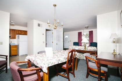 In-Room Dining | The Taber Inne & Suites