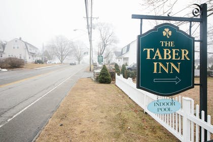 Property Grounds | The Taber Inne & Suites