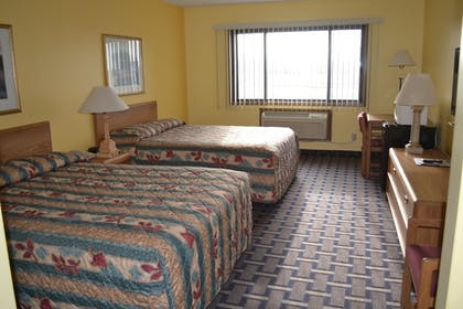 Guestroom | Sky Lodge Inn & Suites