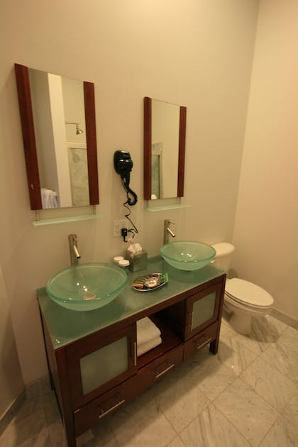 Bathroom | Lofts on Pearl, Trademark Collection by Wyndham