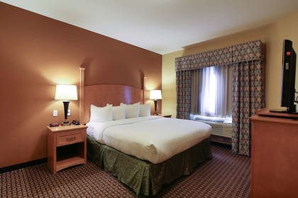 Guestroom | Hawthorn Suites by Wyndham Minot