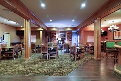 Lobby Lounge | Hawthorn Suites by Wyndham Minot