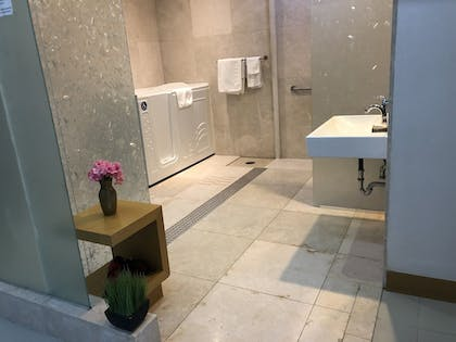 Bathroom | The One Boutique Hotel